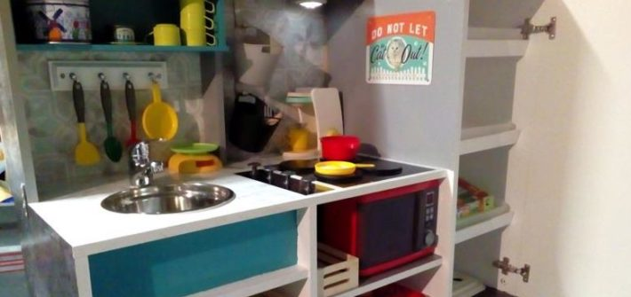 Cuisine DIY enfants renover meuble